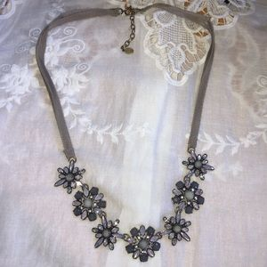 Sweet Loft Jeweled Necklace